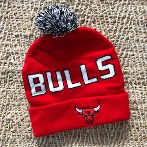 Chicago Bulls Pom Beanie